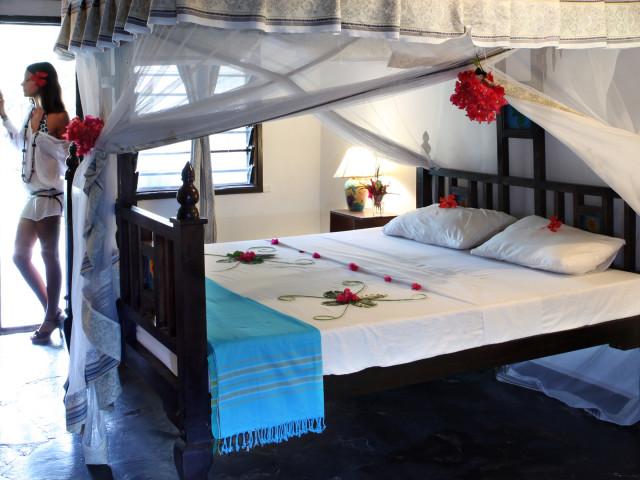 CONTEMPORANEA INTERNI: Zanzibar, resort, alloggi