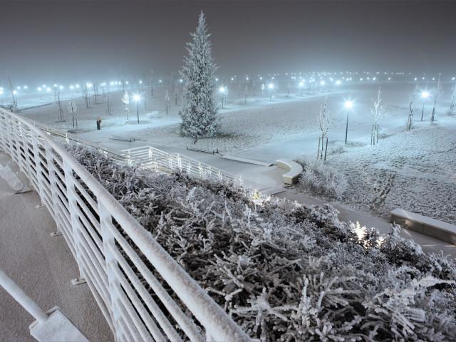 PAESAGGIO URBANO: Mestre, neve sul parco, arch. Antonio Di Mambro