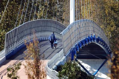 INFRASTRUTTURE: Mestre, Parco di San giuliano, ponte di collegamento, arch. Antonio Di Mambro