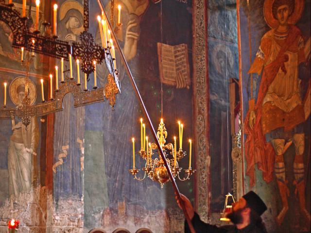 STORICA INTERNI: Kossovo, monastero Decani, presidio UNESCO, interni