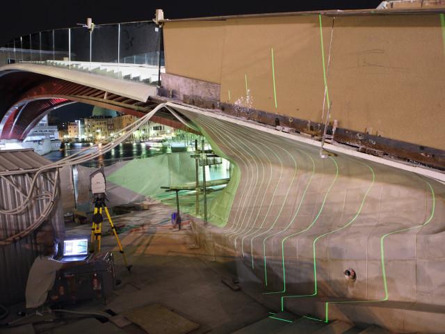 Cantieristica: Venezia, quarto ponte sul Canal Grande, di Santiago Calatrava, utilizzo scanner laser