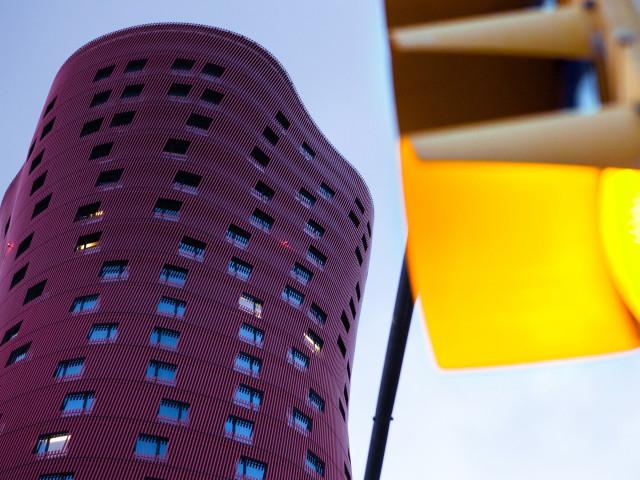 CONTEMPORANEA ESTERNI: Barcellona, hotel porta fira, arch. Toyo Ito